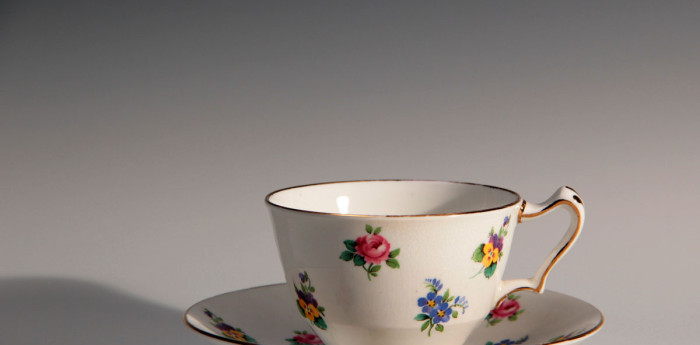 cup-and-saucer-700x345